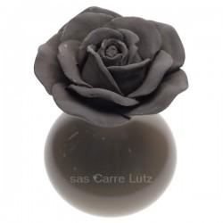 Coffret diffuseur de parfum fleur en platre et vase en faience couleur taupe Drake, reference CL30000325