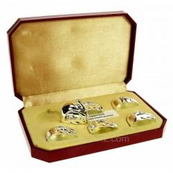 Boite de 6 marque place ou porte couteaux en métal argenté décor lapin longueur 3 cm, reference CL15000009