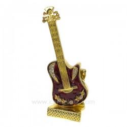 Boite métal émaillé avec strass guitare , reference CL85002023