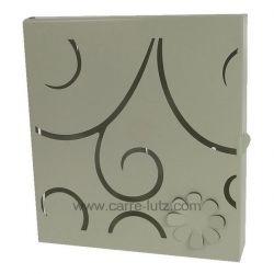 Boite à clefs en métal peint blanc porte ajourée arabesque et fleur , reference CL45000144